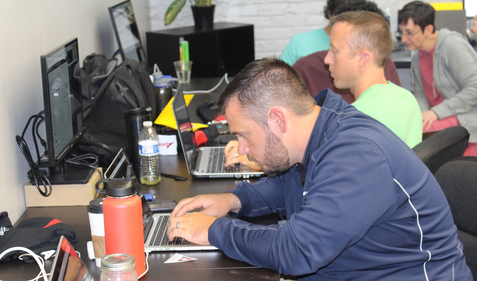 Adults learn to code at Awesome Inc